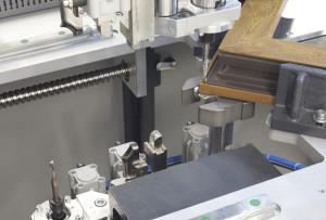 CNC utilaj automat de debavurat CN 770-20 (6)