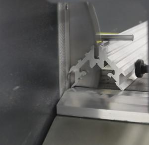 Masina de taiat full automat profile PVC si AL doua capete  TT 405 (2)