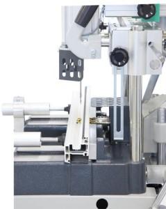 Utilaj manual de frezat pentru maner si locasul mecanismului de inchidere (2)