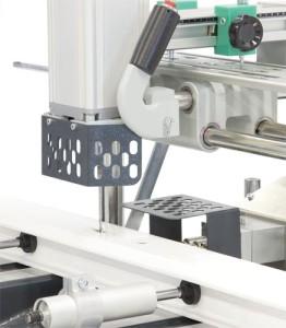 Utilaj manual de frezat pentru maner si locasul mecanismului de inchidere (4)